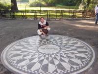 Nr 06. John Lennons minnesplats